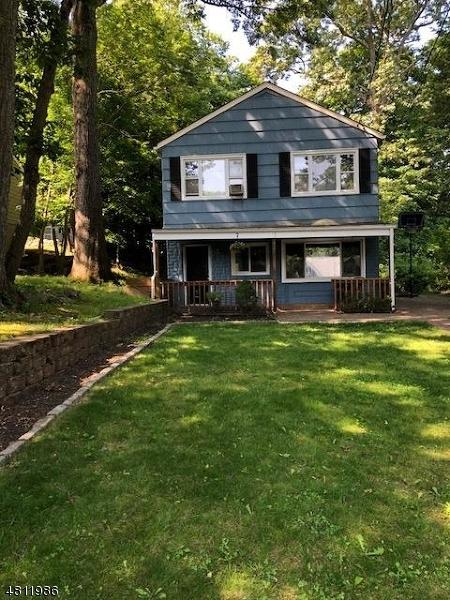10 Manito Ave, Oakland Boro, NJ 07436 (MLS #3478025) :: Coldwell Banker Residential Brokerage