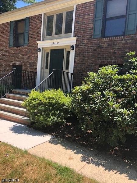 11 Sunrise Dr, Long Hill Twp., NJ 07933 (MLS #3486269) :: The Sue Adler Team