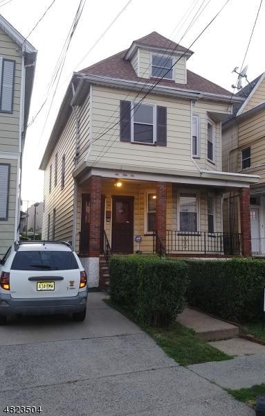 656 Adams Ave, Elizabeth City, NJ 07201 (MLS #3488764) :: RE/MAX First Choice Realtors