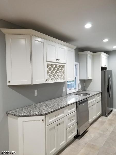23 S Pine St, Woodbridge Twp., NJ 08863 (MLS #3500165) :: Team Francesco/Christie's International Real Estate
