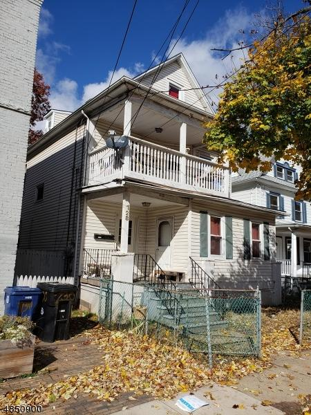 728 W 4Th St, Plainfield City, NJ 07060 (MLS #3514980) :: Coldwell Banker Residential Brokerage