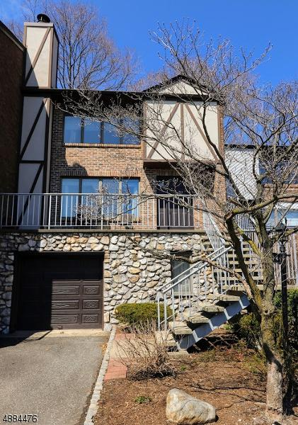 900 Valley Rd C-4, Clifton City, NJ 07013 (MLS #3544493) :: Coldwell Banker Residential Brokerage