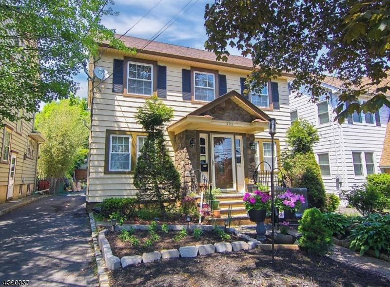493 Watchung Ave - Photo 1