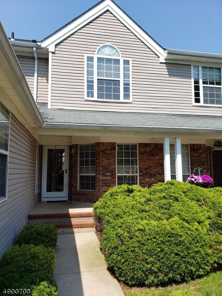 25 Daisy Ct, Readington Twp., NJ 08889 (MLS #3559790) :: The Debbie Woerner Team