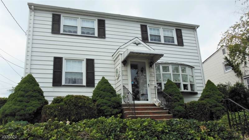81 Hoover St - Photo 1