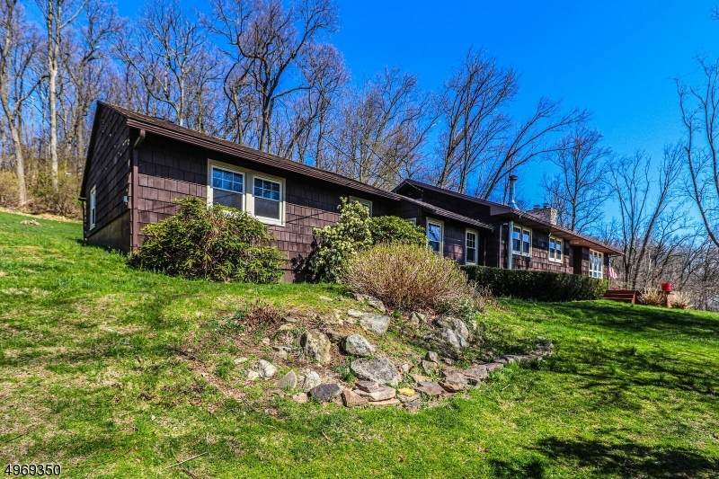 364 Mountain View Rd West - Photo 1