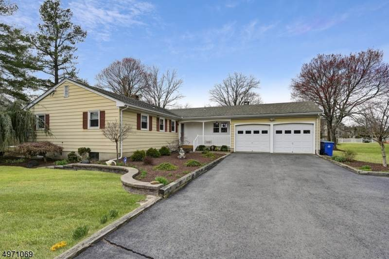 231 Belle Mead-Griggstown - Photo 1