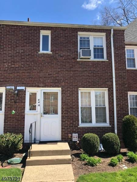 44 Parkway Vlg, Cranford Twp., NJ 07016 (#3626269) :: Daunno Realty Services, LLC
