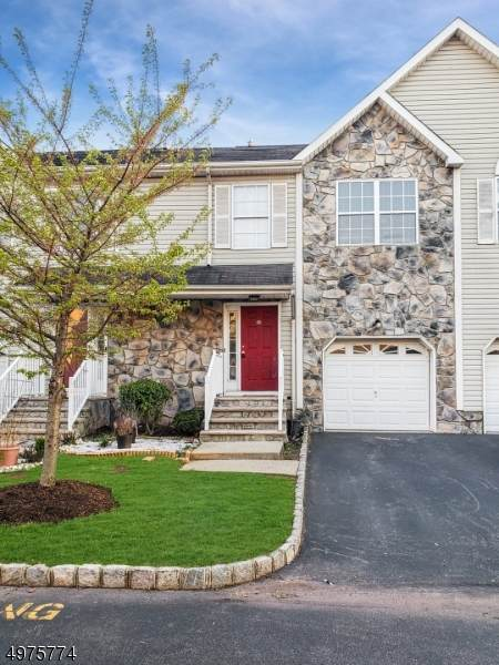 15 Victoria Dr, Franklin Twp., NJ 08873 (MLS #3627812) :: The Sikora Group