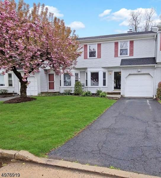 10 Hickory Ct, Middlesex Boro, NJ 08846 (MLS #3628812) :: Weichert Realtors