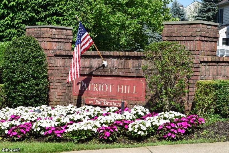 220 Patriot Hill Dr - Photo 1