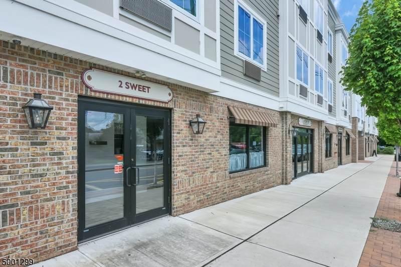 44 Main St, Suite 1 - Photo 1
