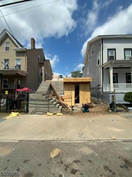 35 12TH AVE - Photo 1