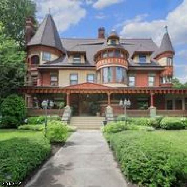 308 West Eighth Street, Plainfield City, NJ 07060 (MLS #3654913) :: SR Real Estate Group