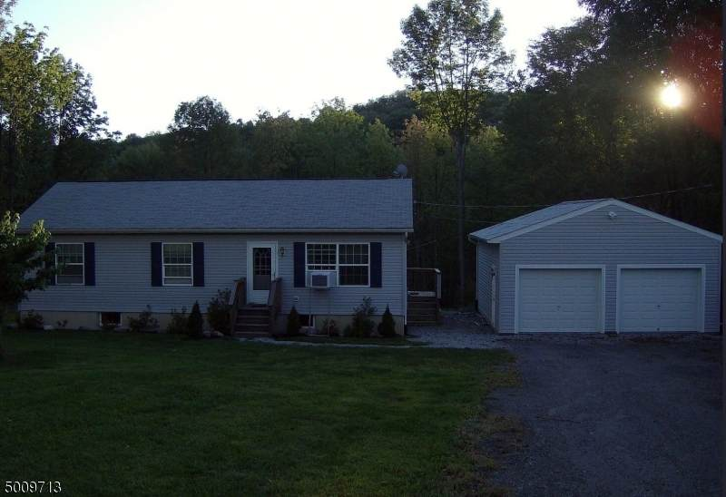 253 State Line Rd - Photo 1