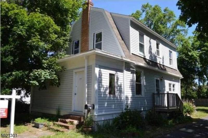 2310 Stuyvesant Ave - Photo 1