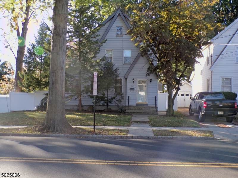 160 W Colfax Ave - Photo 1