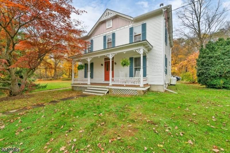 371 W Mill Rd - Photo 1