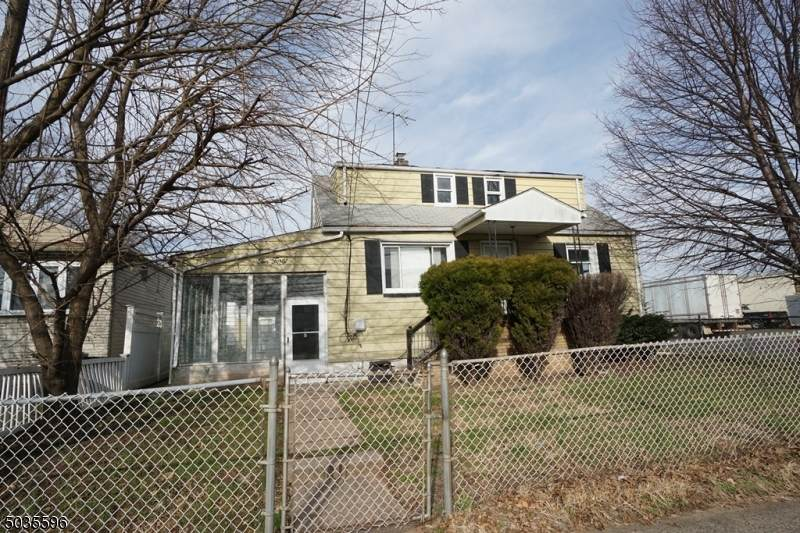 1040 Randolph Ave - Photo 1