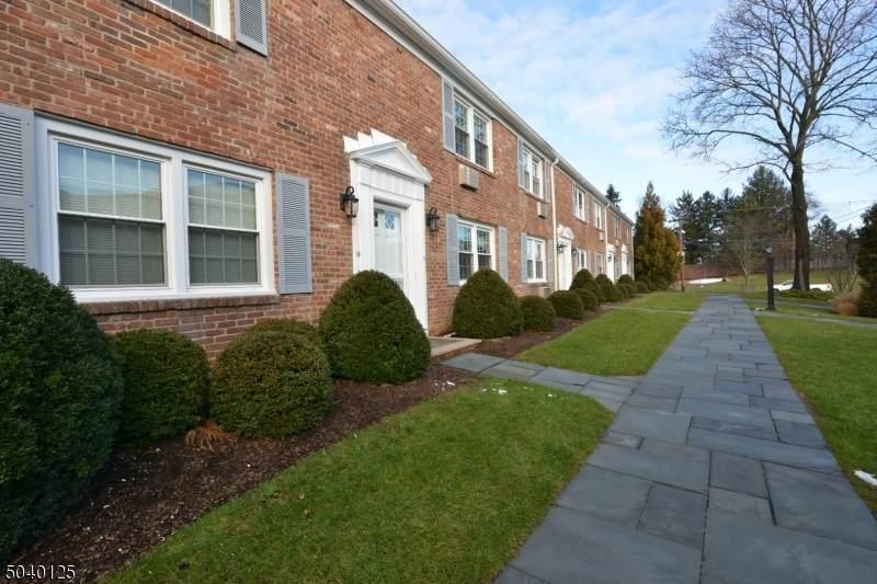 66 New England Ave - Photo 1