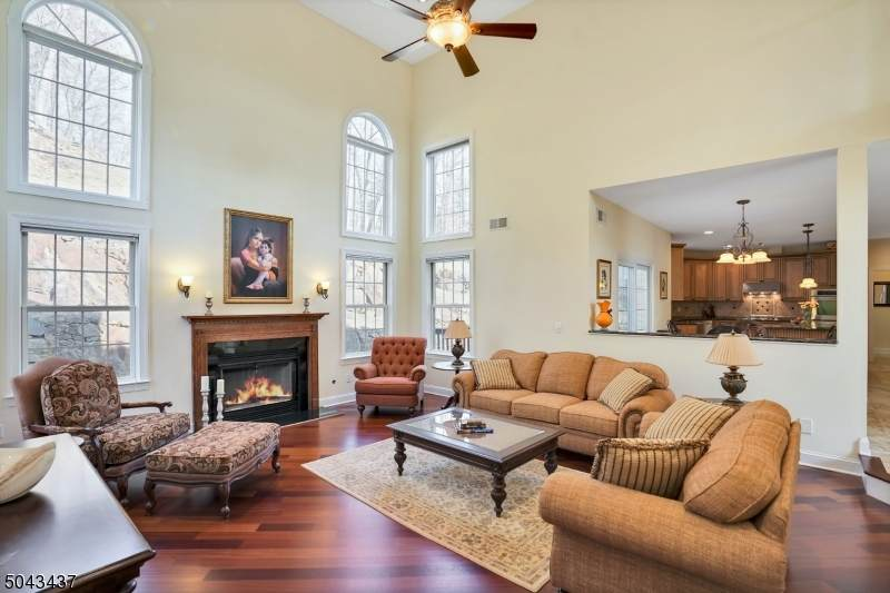 28 Foote Ln - Photo 1