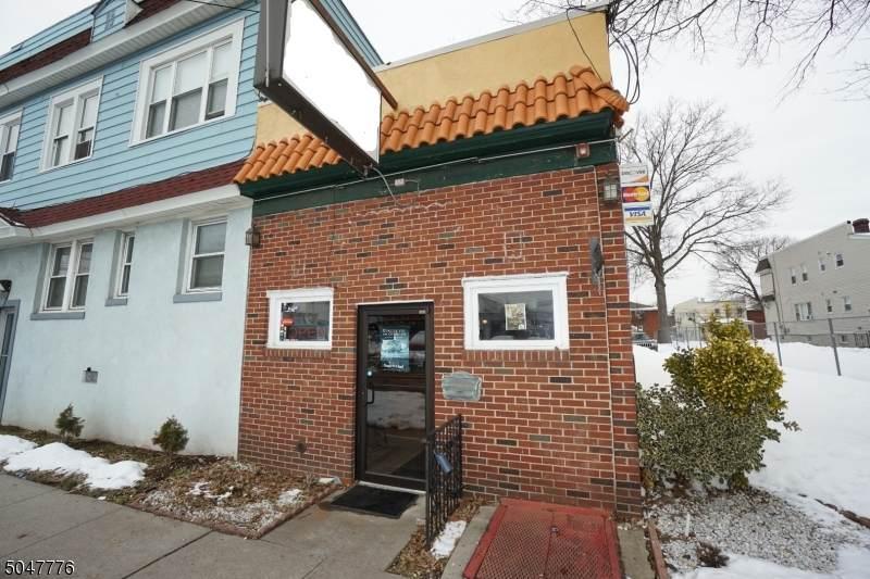 515 E Elizabeth Ave - Photo 1
