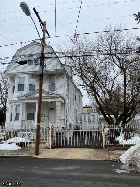 122 22ND ST, Irvington Twp., NJ 07111 (MLS #3694169) :: SR Real Estate Group