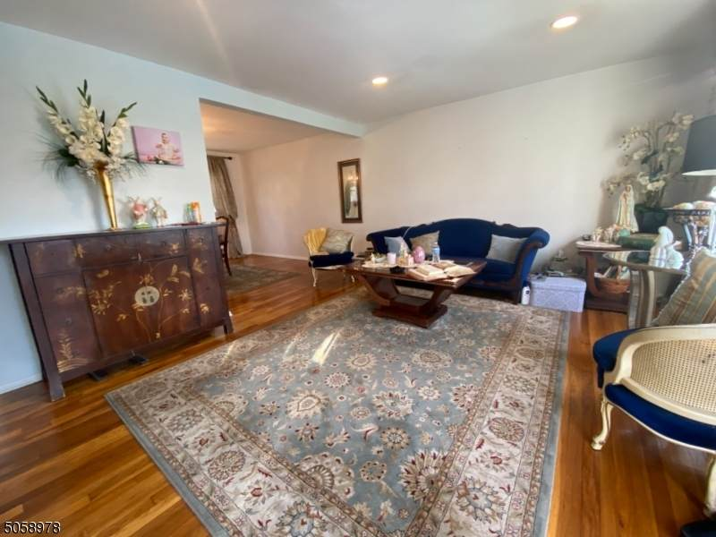 707 Colonial Arms Rd - Photo 1