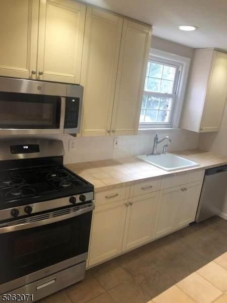 445 Morris Ave 16D, Springfield Twp., NJ 07081 (MLS #3704011) :: The Dekanski Home Selling Team