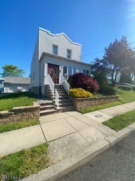 32 Luther Ave - Photo 1