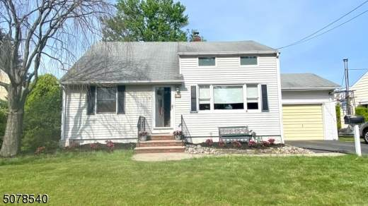 17 Fisher Pl - Photo 1