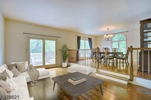 12 Meadowview Ln, Berkeley Heights Twp., NJ 07922 (MLS #3718576) :: The Dekanski Home Selling Team