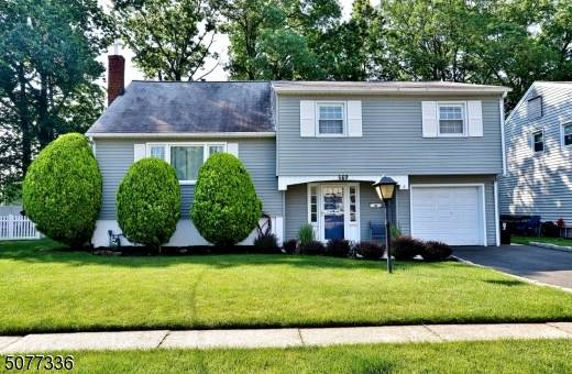 569 Scotland Rd, Union Twp., NJ 07083 (#3718683) :: Rowack Real Estate Team