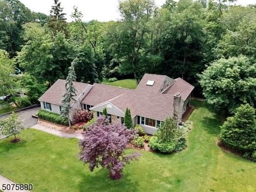 223 Godwin Ave, Wyckoff Twp., NJ 07481 (MLS #3718785) :: Team Francesco/Christie's International Real Estate
