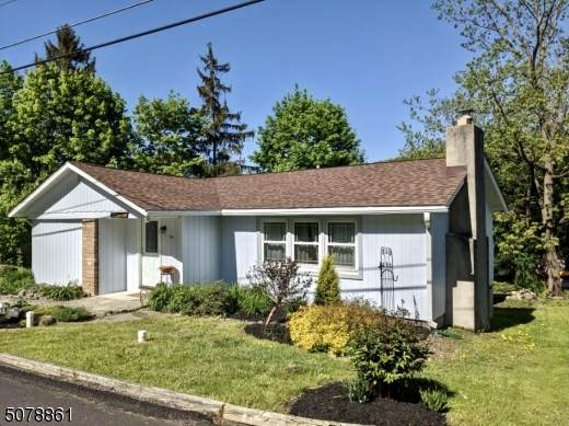 34 Lakeside Ave, Hardyston Twp., NJ 07460 (MLS #3719132) :: Zebaida Group at Keller Williams Realty