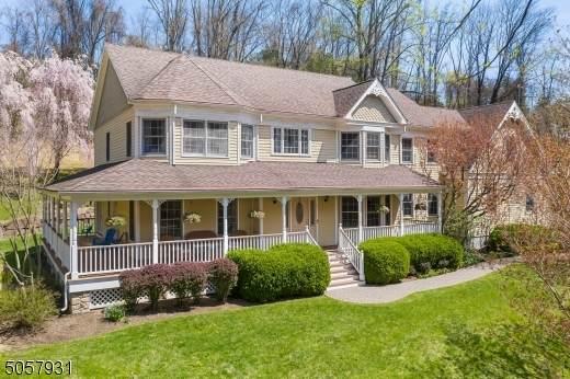 112 Old Turnpike Road, Tewksbury Twp., NJ 07830 (MLS #3719340) :: Coldwell Banker Residential Brokerage