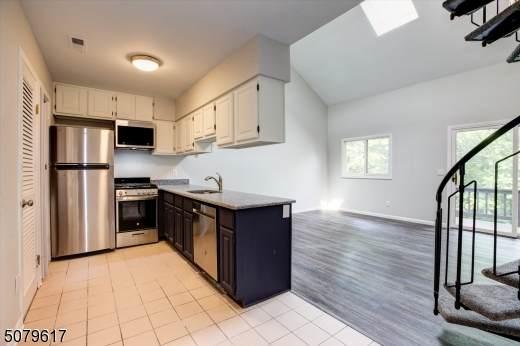 4 Sugarbowl Ct #8, Vernon Twp., NJ 07462 (MLS #3719518) :: Team Braconi | Christie's International Real Estate | Northern New Jersey