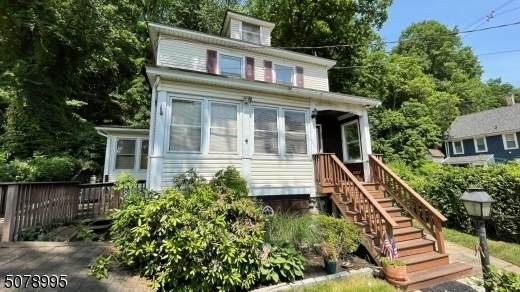 26 Lackawanna Ave, Denville Twp., NJ 07834 (MLS #3719552) :: Weichert Realtors