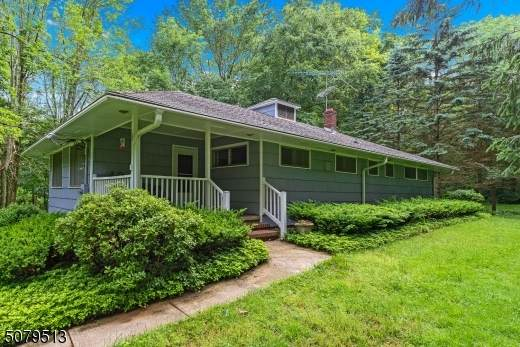 6 Orchard Dr, Chester Twp., NJ 07930 (MLS #3719586) :: Corcoran Baer & McIntosh