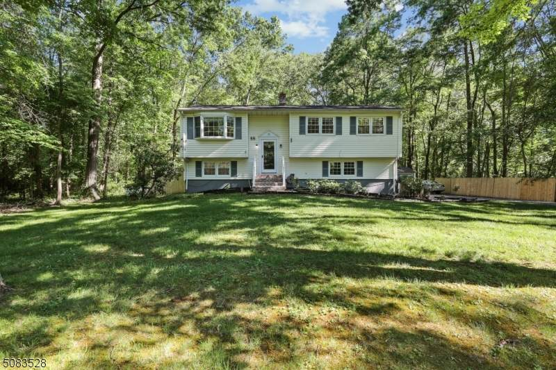 55 Newell Dr - Photo 1