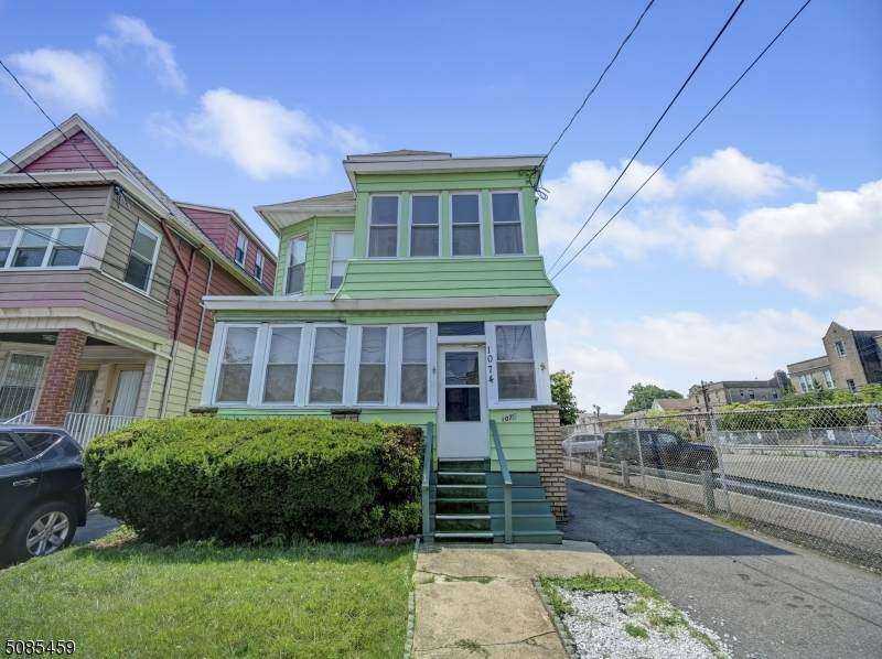 1074 North Ave - Photo 1