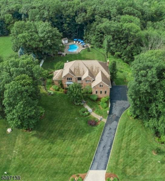 22 Forest Hill Dr - Photo 1