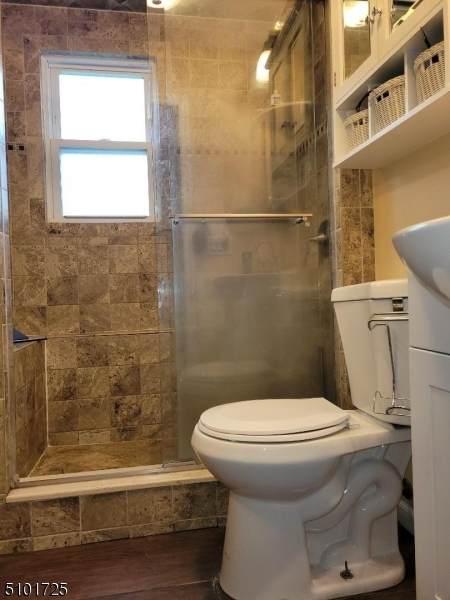 72 Chestnut St, Edison Twp., NJ 08817 (MLS #3739756) :: Kiliszek Real Estate Experts