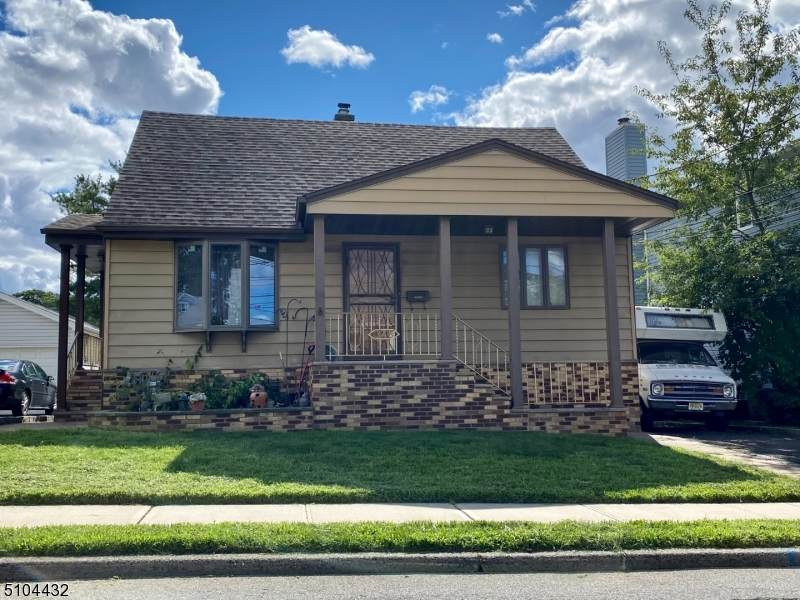 348 Wilson Ave - Photo 1