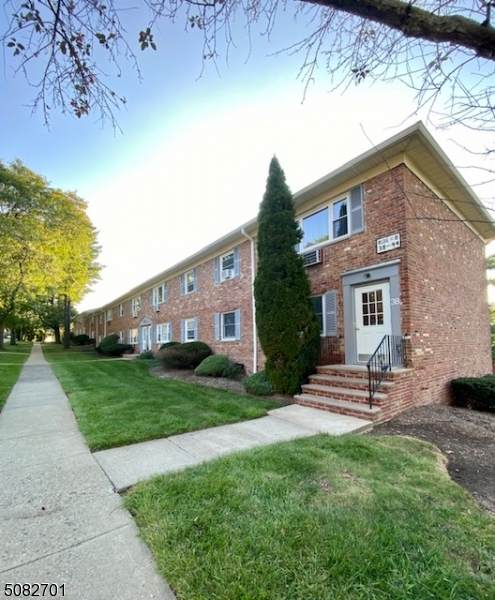 38 Wedgewood Dr #109, Verona Twp., NJ 07044 (#3745282) :: NJJoe Group at Keller Williams Park Views Realty