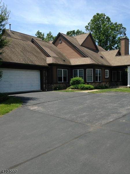 93 Bracken Hill Rd, Hardyston Twp., NJ 07419 (MLS #3395441) :: The Dekanski Home Selling Team