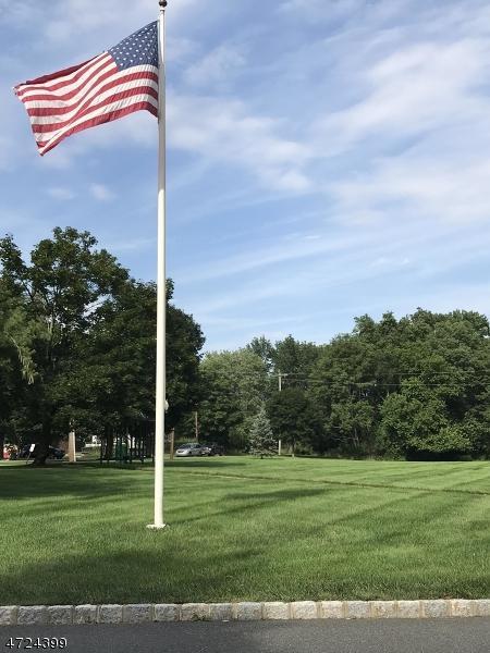 17 Eagle Dr, Hampton Twp., NJ 07860 (MLS #3397605) :: The Dekanski Home Selling Team