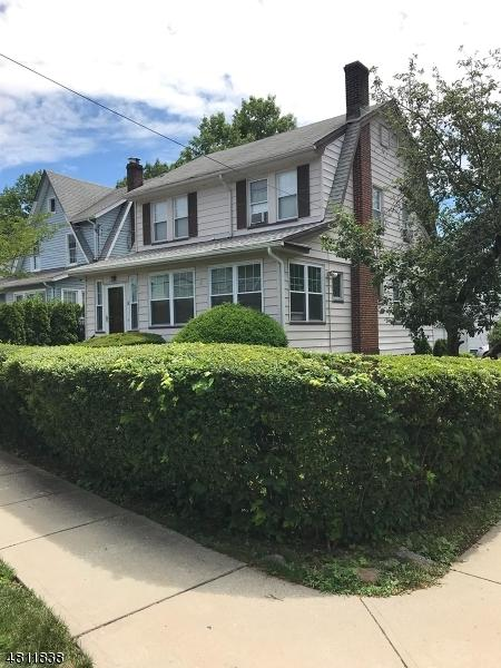 38 Hillcrest Rd, Maplewood Twp., NJ 07040 (MLS #3477853) :: The Sue Adler Team