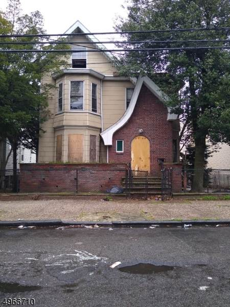 220 S 7Th St - Photo 1