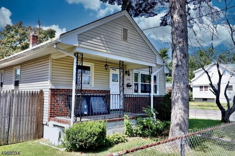 226 Garfield Ave - Photo 1